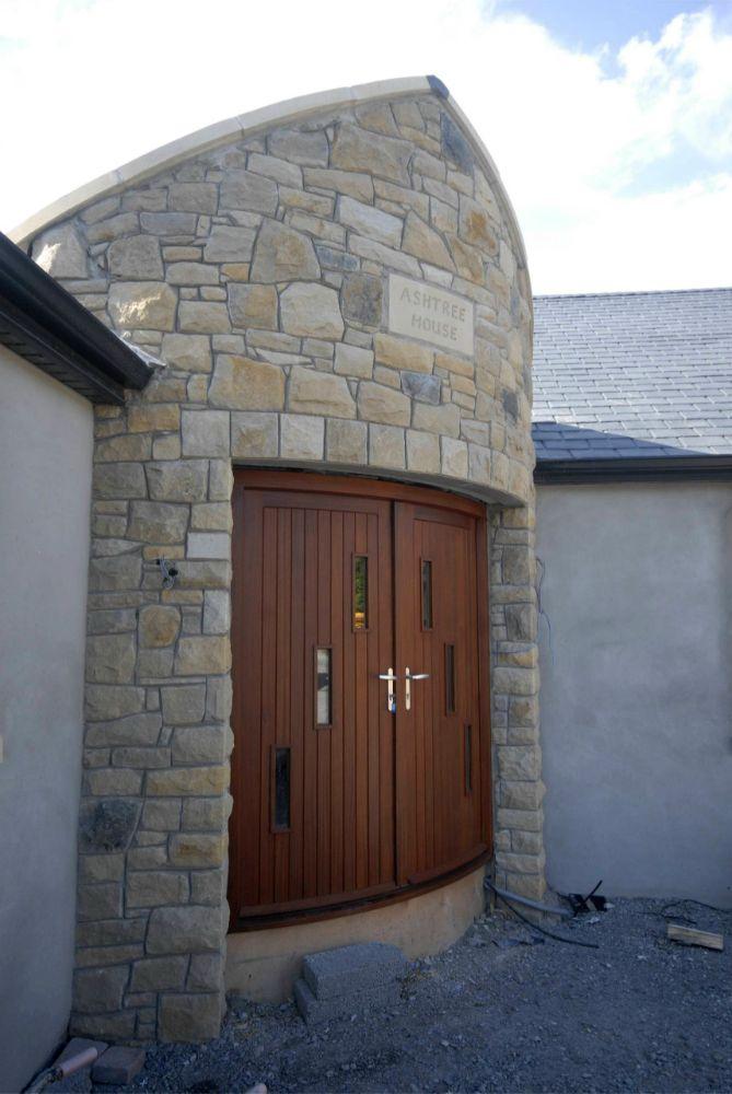 External-Curver-Door