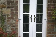 Narrow-padio-doors